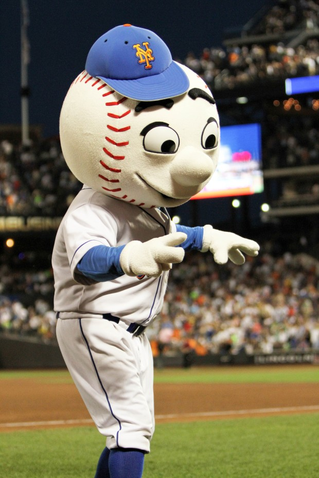 mr. met at citi field